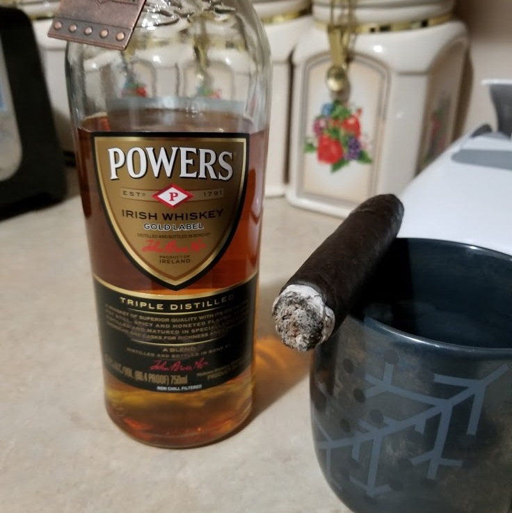 Whiskey Review: Powers Gold LabelIrish